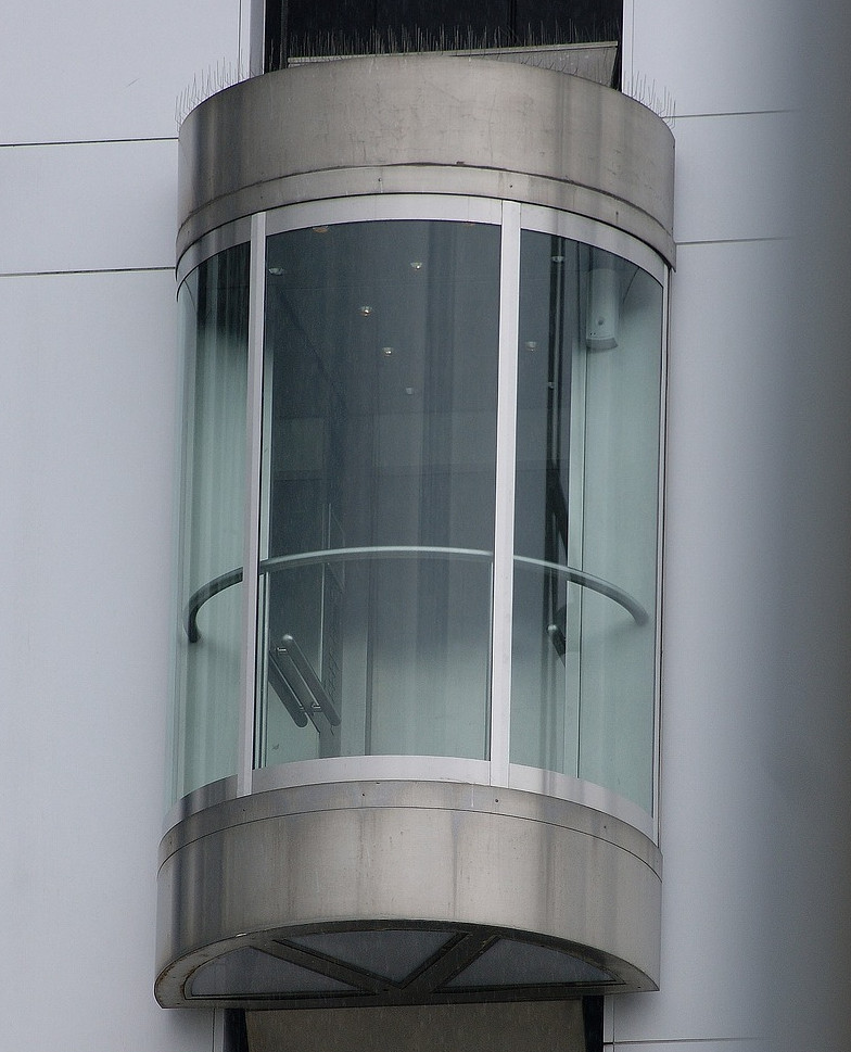 ascensor redondo fachada edificios