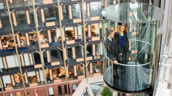 Los mejores ascensores y montacargas para centros comerciales